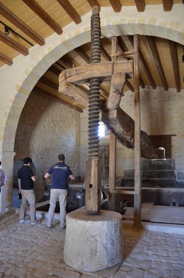 Santa Tresa 古い醸造設備2.JPG