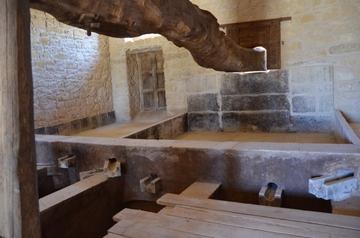 Santa Tresa 古い醸造設備.JPG